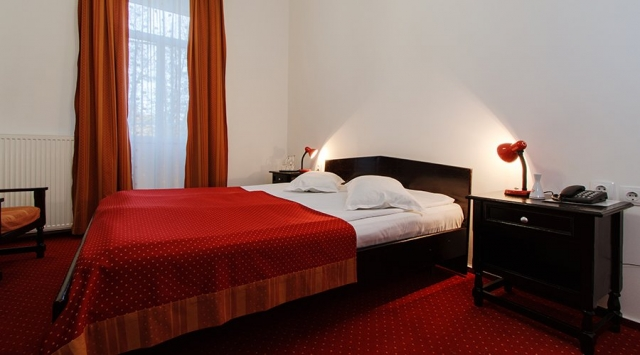 Hotel Central 3*